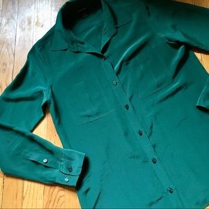 Club Monaco Forest Green Button up Silky Blouse!